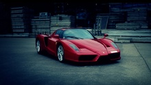 Awesome video of the Ferrari Enzo.