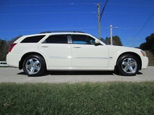 NEW 2005 DODGE Magnum RT AWD 5.7L HEMI FRESH OUT OF THE WRAPPER with only ...