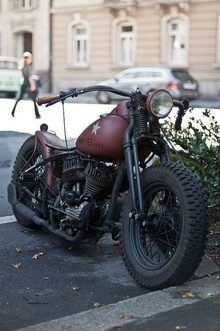 Chopper styled WWII bike. Perfect setup and patina! Who needs fenders.